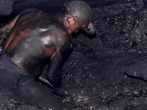Донбасс от террористов будут защищать шахтеры и чернобыльцы (Заявление)