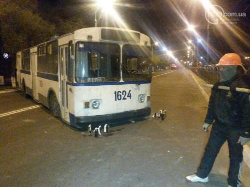 перекрыты дороги в Мариуполе