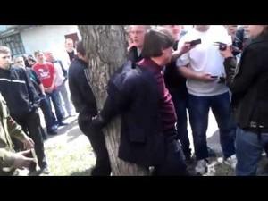 Милиционеров из Рубежного могут наказать за бездействие во время нападения на проукраинский митинг