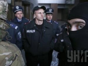 Сепаратисты забаррикадировались в Горловском райотделе милиции