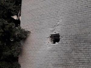 В Славянске снаряд попал в детскую больницу