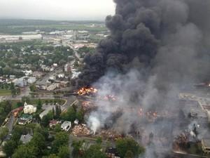 Война в Донецке и области продолжается. Города все больше пустеют.