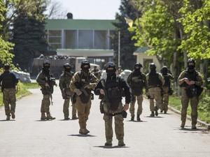 Террористы на Донбассе готовы расстреливать своих, которые хотят сдаться