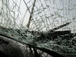 Автобус, в котором ехали шахтеры, попал под минометно-артиллерийский обстрел.