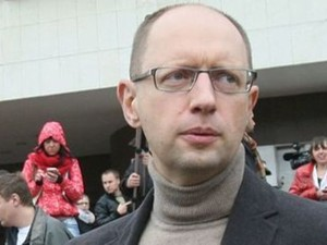Яценюк прибыл в Славянск с рабочим визитом