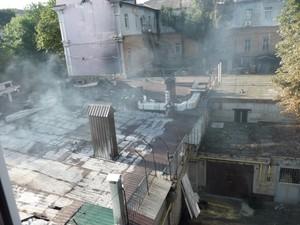 В Луганске боевики ограбили «Эпицентр» и сожгли «Па-де-Прованс»