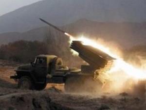 Ночью боевики обстреливали украинских силовиков из «Града»