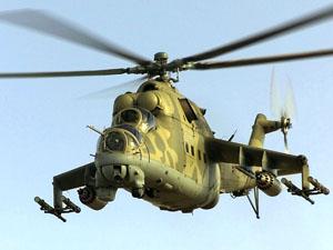Российские вертолеты летают над Луганской областью