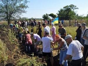 Харьковчане собственными силами решили укреплять границу
