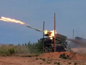 Ночью украинских военных в зоне АТО обстреляли из «Градов»
