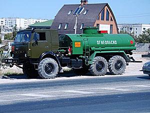 Главари «ЛНР» настойчиво требуют от казаков делиться наворованным бензином.