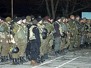 На торжественной встрече выступил командир бригады полковник Андрей Каргаев.