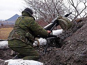 Наибольшая активность боевиков наблюдается на Донецком направлении.
