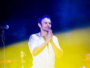 Зрители неоднократно вызывали Святослава на «бис», и он спел песню «Лист до мами»