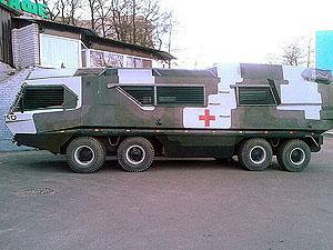 Бронемобиль способен перевозить до 30 человек.
