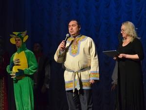"""""""Плотницкий талантливо исполняет главную роль в своём театре"""", - с горьким юмором отмечают луганчане"""