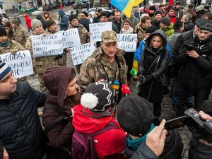 В Харькове прошел пикет бойцов 92-й ОМБр по поводу ареста разведчика 92-й бригады Змея (Александр Свидро)